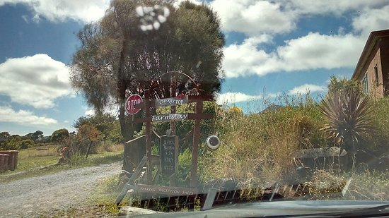 Lilydale, Australia: The entrance
