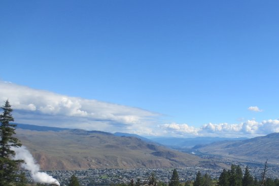 Kenna Cartwright Park : View overlooking kamloops on one of the trails