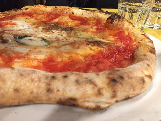 San Giovanni la Punta, Ιταλία: Cuoppo e pizze