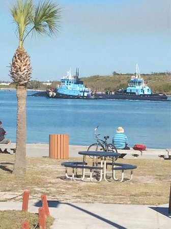 Port Canaveral, Φλόριντα: Fishlips Pavillion Jetty Park