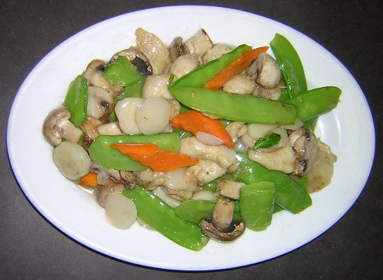 Nottingham, MD: Moo Goo Gai Pan one of many delicious meals here
