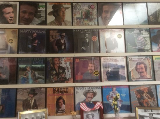 Friends of Marty Robbins Museum: LP display of Marty Robbins in museum