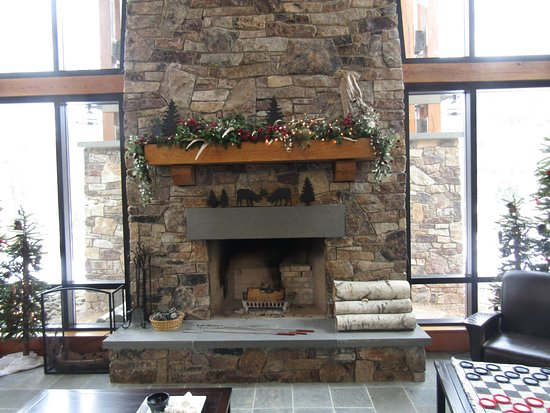 Austin, PA: Large fire place in Center ( where the s'mores were )