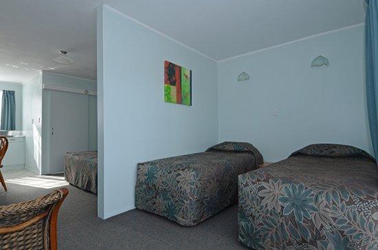 Celtic Motel: Family Room