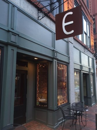 Emilitsa : Restaurant front