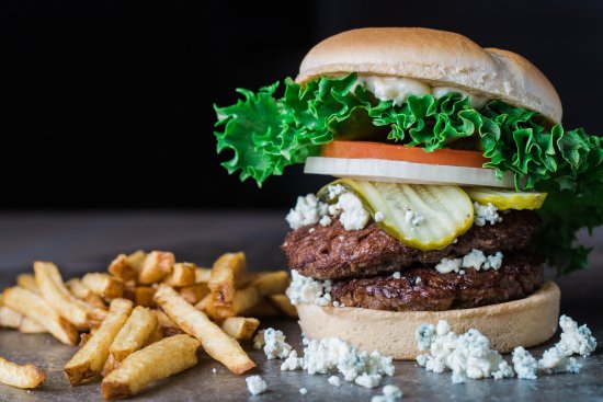 Burger Boss : Double grass-fed beef burger with blue cheese, pickles, onion, tomato, and chipotle mayo