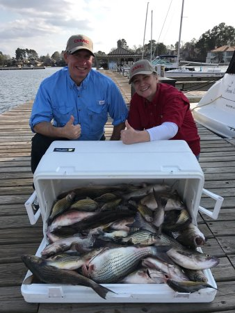 Montgomery, TX: Great fishing great guide. Chris was on time and very helpful. We got a full day of fishing. Cau