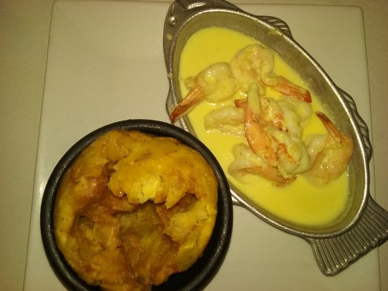 Jessup, MD: Shrimp with Garlic sauce Mofongo