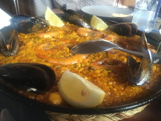Agua Amarga, España: paella