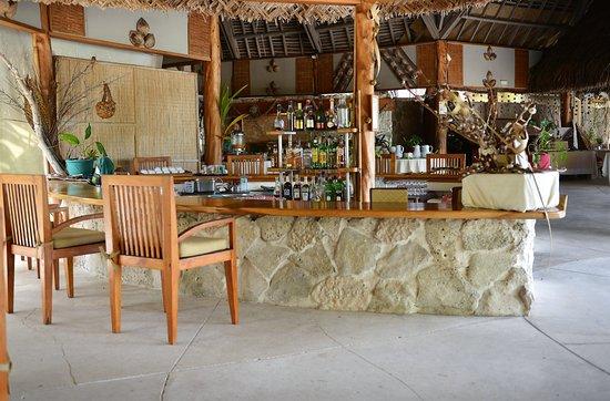 تيكيهاو بيرل بيتش ريزورت: Bar 