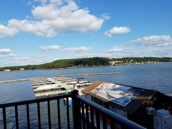 Sunrise Beach, MO: View from Paradise Bar and Grill