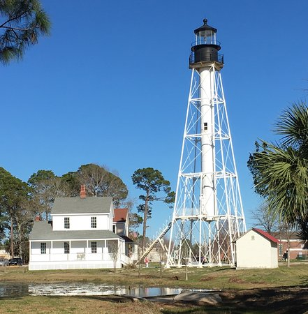‪‪Port Saint Joe‬, فلوريدا: Cape San Blas Lighthouse with keeper's house and oil storage house‬
