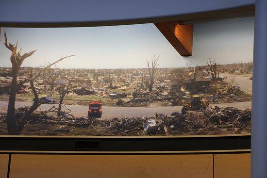 กรีนสบูร์ก, แคนซัส: Tornado scenes