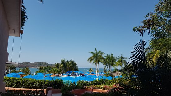 Azul Ixtapa Beach Resort & Convention Center