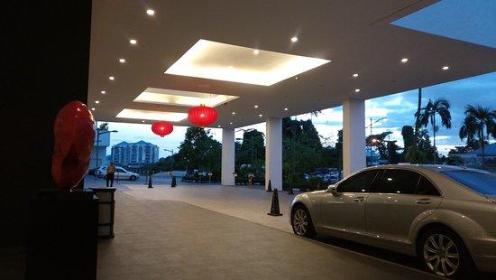 Main entrance Pullman Kuching