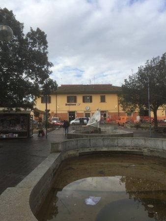Loro Ciuffenna, อิตาลี: Montevarchi Train Station
