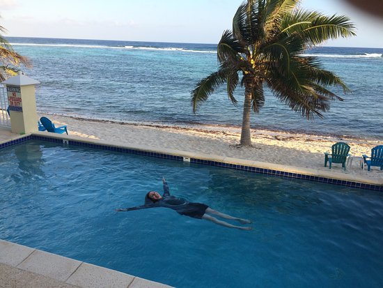 Bodden Town, Grand Cayman: relaxing in the pool, Turtle Neck Inn