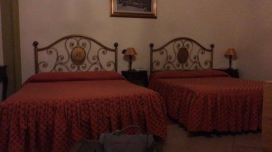 Hotel La Luna: photo0.jpg