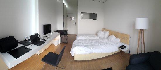 Dossenheim, Germany: Duas camas - quarto amarelo #304