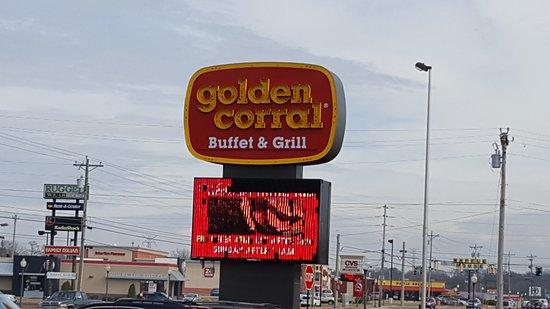 Fort Oglethorpe, GA: Their Pylon Sign by the street