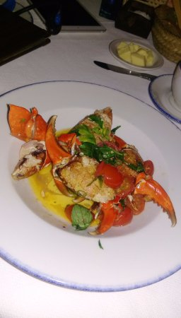 Peponi Hotel: Crab Claws