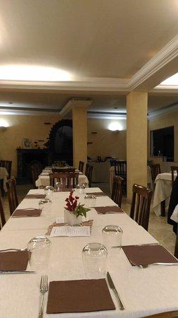 Mascalucia, Ιταλία: la sala bella grande