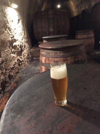 Pilsen, République tchèque : Frisch gezapftes Bier