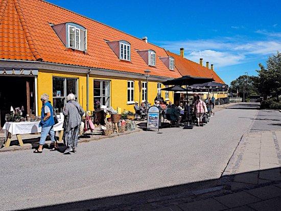 Skaelskoer, Dinamarca: Fantastisk hyggelig cafe beliggende i centrum af Den lille dejlige købstad Skælskør. Rigtig god