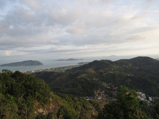Chalong, Thailand: Vista dalla collina