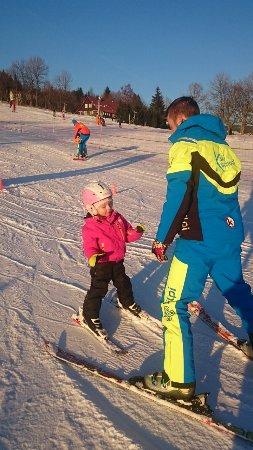X Ski School