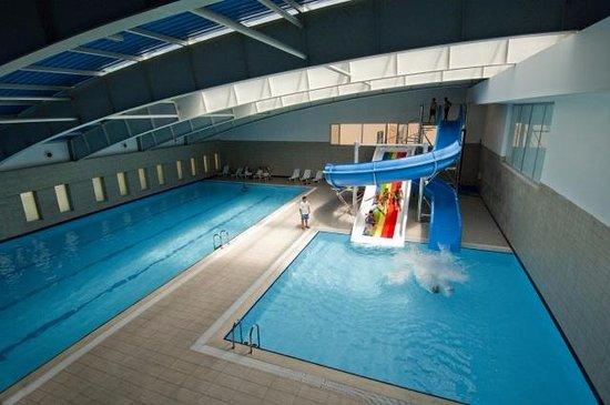 Pertek, Turcja: havuz çocuklar için