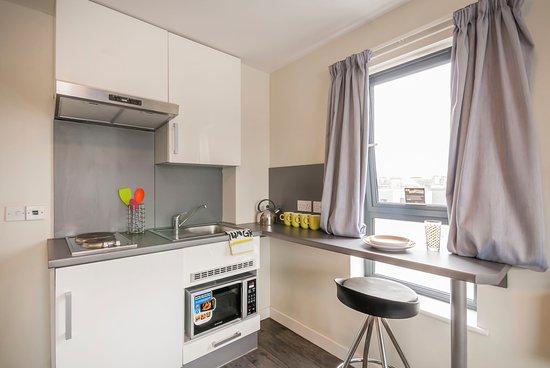 Beaverbank place bewertungen fotos edinburgh schottland - Bank kitchenette ...