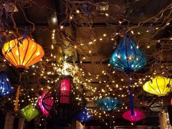Argentan, France: Plafond du Bulles Bazar