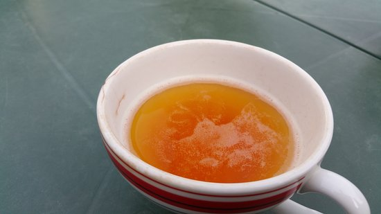 Riec-sur-Belon, France : Lovely cider - disgusting cup