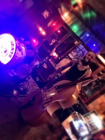 Disentis, Schweiz: DeadBeatz LIVE im Nangijala