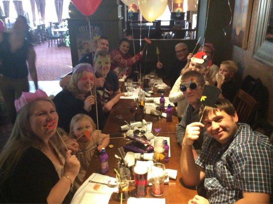 Woolsington, UK: Christmas time at the Wheatsheaf!!