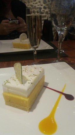 Condrieu, Frankrike: Entremet passion citron vert