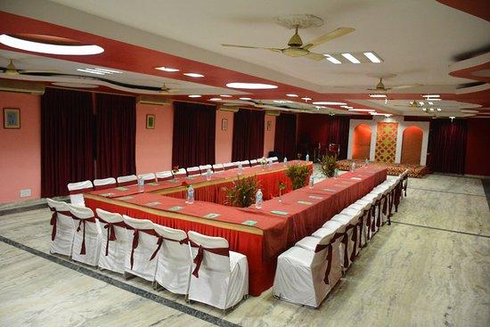 hotel pushpak lotus hall u shape set up - U Shape Hotel Decoration