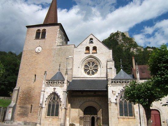 Collégiale Saint-Anatoile