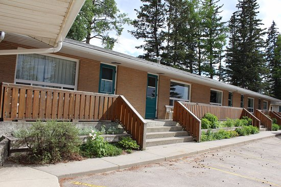 Hinton, Kanada: One of our 3 Motel Buildings