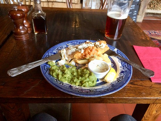 Eccleshall, UK: Lunch-time Main Meal of Haddock, Chips and Minted Mushy Peas.