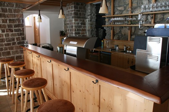 Tauplitz, Autriche : Our bar invites you to spend lovely moments with your friends.