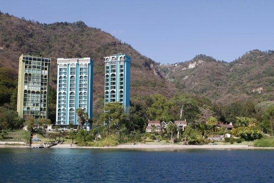 Hotel La Riviera de Atitlan: Amazing view!