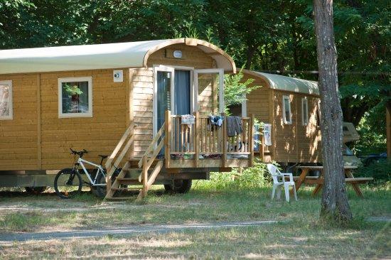 Camping Les Chardons Bleus