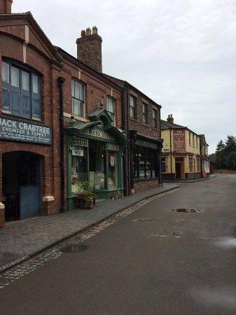 Blists Hill Victorian Town : Street scene