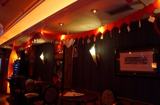 Pub edward 39 s alcobendas restaurant reviews phone - Decoraciones para san valentin ...