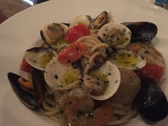 Rock Cafe: seafood pasta