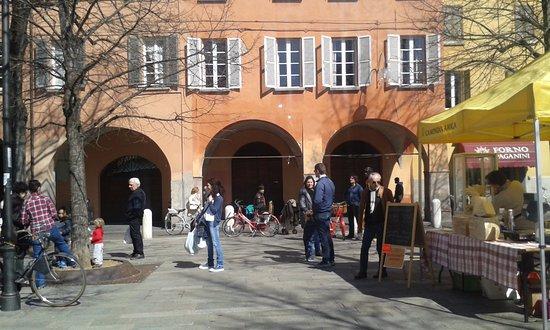 Reggio Emilia, Italia: Piazza Fontanesi