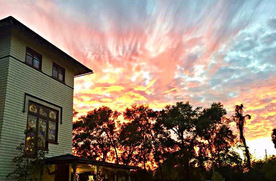DeLand, FL: A magical sunset at the Stetson Mansion