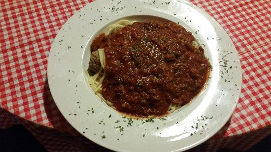 Williamsville, IL : Spaghetti and meatballs